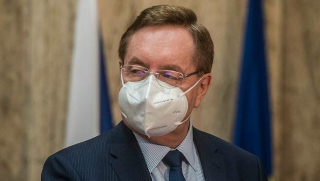 Petr Arenberger trat am 25. Mai als Gesundheitsminister zurück. Er wird von seinem Vorgänger Adam Vojtech abgelöst. (Bild: AFP)
