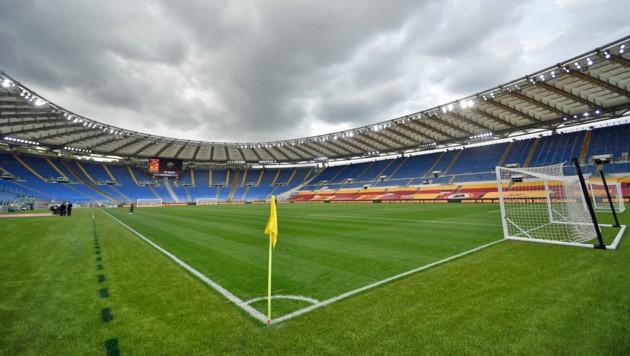 Im Olympiastadion in Rom wird am Freitagabend die paneuropäische Fußball-EM mit dem Match Italien gegen Türkei angepfiffen. (Bild: APA/AFP/Filippo MONTEFORTE)