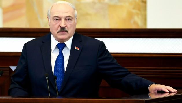 Litauen verdächtigt den weißrussischen Diktator Alexander Lukaschenko, Migranten als politisches Druckmittel einzusetzen. (Bild: AP)