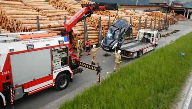 Unfall mit mehreren Verletzten in Saalfelden (Bild: FF Saalfelden)