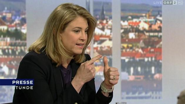 """NEOS-Chefin Beate Meinl-Reisinger in der ORF-""""Pressestunde"""" (Bild: tvthek.orf.at)"""
