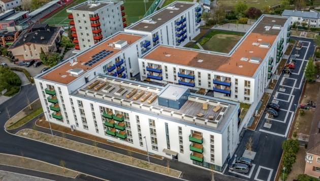Ein Teil der Südtirolersiedlung in Pradl-Ost in Innsbruck musste energie-effizienten Baukörpern weichen. (Bild: NHT/Vandory)