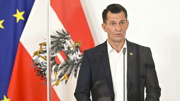 Gesundheitsminister Wolfgang Mückstein (Grüne) (Bild: APA/HERBERT NEUBAUER)