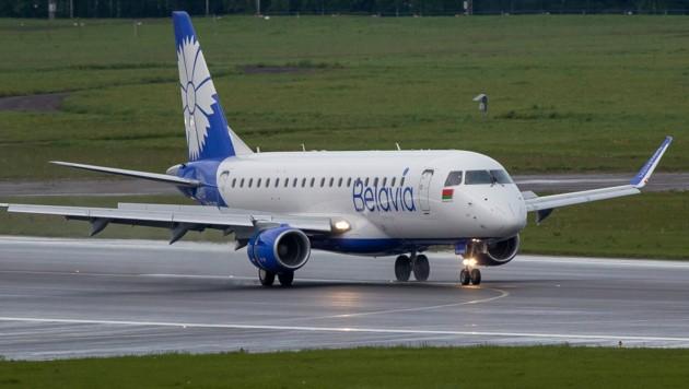 Die weißrussische Airline Belavia hat den Flugverkehr in mehrere EU-Staaten bereits eingestellt. (Bild: The Associated Press)