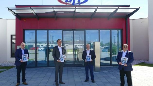Markus Wieser, Christian Farthofer, Michael Jonach und Peter Beierl präsentierten das Bildungsprogramm. (Bild: BFI Niederösterreich)