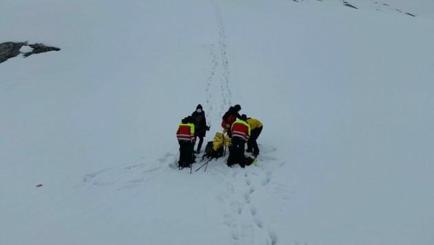 Gegen 18 Uhr konnten die beiden Deutschen von der Bergrettung Schruns-Tschagguns schließlich entdeckt werden. (Bild: Bergrettung Schruns-Tschagguns)