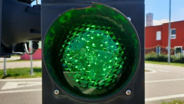 Es könnte bald Richtung Grün gehen auf der Corona-Ampel (Bild: P. Huber)