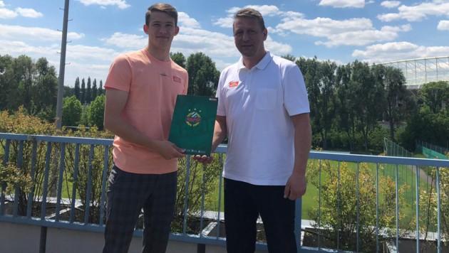 Pascal Fallmann (li.) und Zoran Barisic (Bild: SK Rapid)