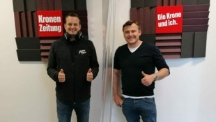 Podcaster Patrick Jochum mit seinem Gast Georg Findenig. (Bild: JOMO KG)