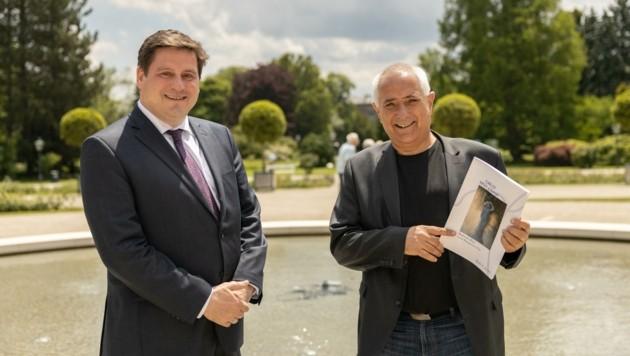Freuen sich über Empfehlung: Bürgermeister Stefan Szirucsek (li.) und Welterbe-Beauftragter Hans Hornyik. (Bild: 2021psb/c.kollerics)
