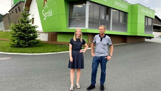 Geschäftsführer Rudolf Strobl mit Tochter Nina, die ebenfalls im Betrieb tätig ist. (Bild: Schulter Christian)