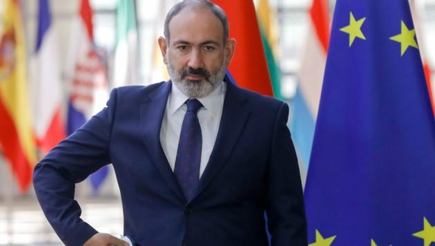 Der armenische Regierungschef Nikol Paschinjan möchte seinen Sohn gegen Kriegsgefangene eintauschen. (Bild: AP)