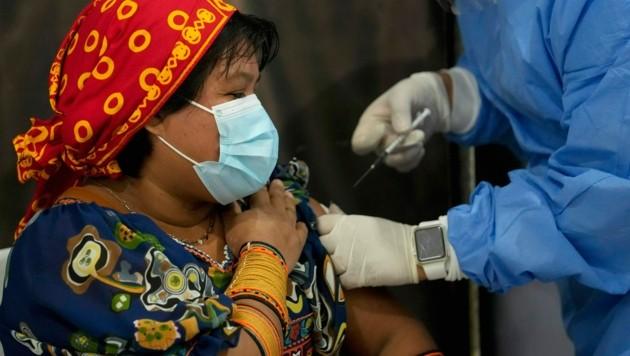 Die USA wollen insgesamt 500 Millionen Dosen Corona-Impfstoff an ärmere Länder spenden. (Bild: AP)