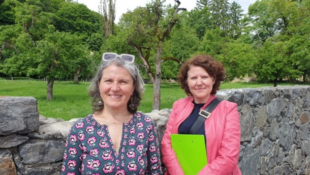 Sie waren die Initiatorinnen der Bürgerinitiative: Laura Winkler (links) und Renate Hölzl (Bild: Martin Oberbichler)