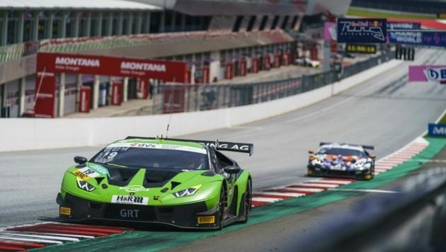 Die grünen Lamborghini legten im ersten Rennen eine starke Aufholjagd hin (Bild: Philip Platzer/Red Bull Content Pool)