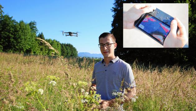 Benjamin Jöres spürt mit seiner Drohne Rehkitze auf, die sich im hohen Gras verstecken. (Bild: Evelyn HronekKamerawerk)