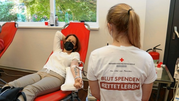 """Blutspendeaktion im Grazer """"Krone Center"""" (Bild: Christian Jauschowetz)"""