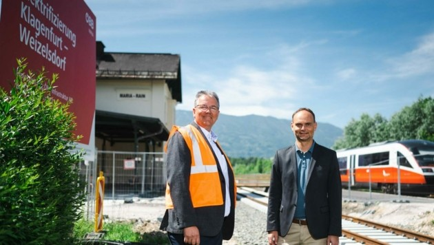 Infrastruktur-Projektleiter Gerald Zwittnig (re) und Koordinator Gerhard Pajer von den Bundesbahnen. (Bild: ÖBB)