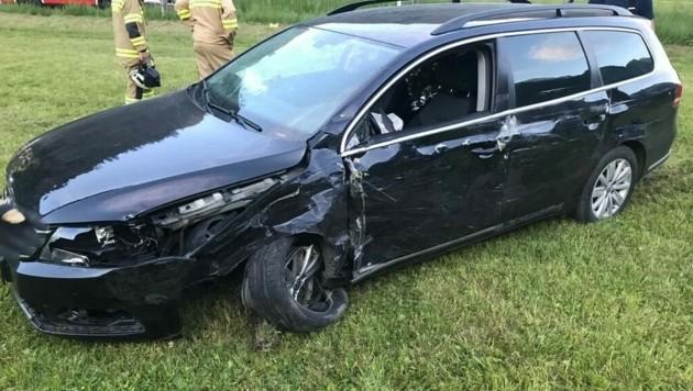 Gegen 20 Uhr geriet ein Wagen mit polnischem Kennzeichen nach einer Kurve auf die Gegenfahrbahn und kollidierte frontal mit dem entgegenkommen Fahrzeug einer Dänin (28). (Bild: FF Kaprun)