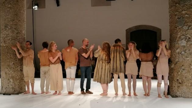 Für die tollen Tänzerinnen und Tänzer gab es im Salzlager Hall lauten Applaus. (Bild: Markus Stegmayr)