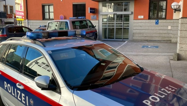 Der 29-Jährige stellte sich bei der Polizeiinspektion. (Bild: ZOOM.TIROL)