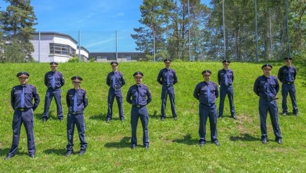 Die zehn neuen Führungskräfte die nun in der Stadt Innsbruck ihren Dienst verrichten. (Bild: LPD Tirol, Gruber Bernhard)