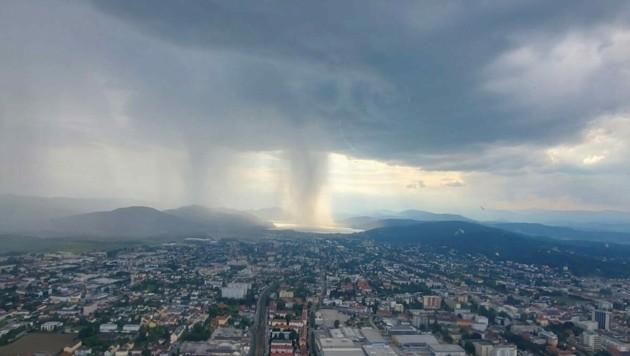 Dieses malerische Foto wurde aus dem Hubschrauber aufgenommen. (Bild: zVg)