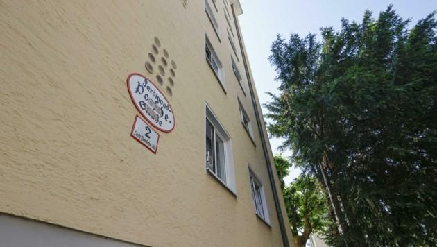 Namenspate und Konstrukteur Ferdinand Porsche wird im Historikerbericht in der Kategorie 3 angeführt – sein Name ziert eine Straße in der Elisabeth-Vorstadt. (Bild: Tschepp Markus)