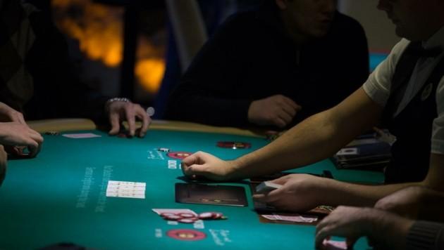 Ein Pokertisch in einem Spielsalon der Concord Casino Gruppe, als dieser noch in Betrieb war (Bild: Lloyd Casano)
