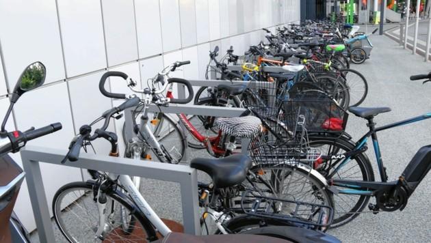 2018 hatten noch 80 Med-Uni-Mitarbeiter die Radförderung in Anspruch genommen. Heuer sind es bereits 125. (Bild: Christian Jauschowetz)