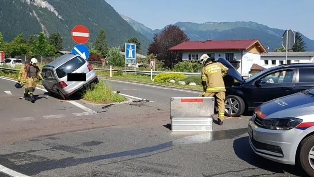 Der Unfallort bei der Autobahn-Auffahrt in Golling (Bild: FF Golling)