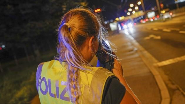Ein Salzburger Autobahn-Polizist tappte 2019 in die Radar-Falle – erst jetzt gab es eine Strafe. (Bild: Tschepp Markus)