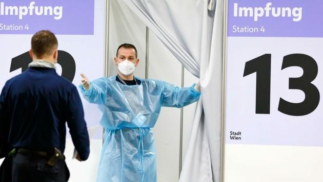 Der Tiroler Landeshauptmann Platter (ÖVP), fordert eine bundeseinheitliche Regelung rund um eine – mögliche – Impf-Pflicht. (Bild: www.acv.at/Ludwig Schedl)