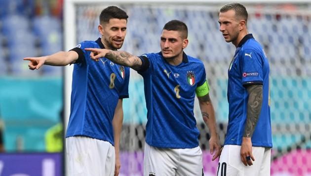 Italiens Mittelfeld-Trio Jorginho, Marco Verratti und Federico Bernardeschi (Bild: AFP and licensors)