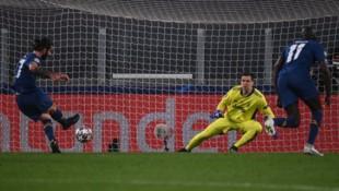 Wichtiges Auswärtstor von Sergio Oliveira beim Spiel seines FC Porto in Turin bei Juventus. (Bild: AFP)