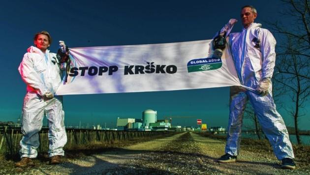 """Global 2000 kämpft mit Unterstützung der """"Krone"""" gegen die Verlängerung des AKWs. (Bild: GLOBAL 2000 / Christopher Glanzl)"""