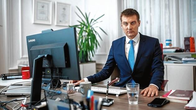 Leiter Sven Hergovich: AMS vergibt derzeit viele freie Stellen (Bild: Imre Antal)