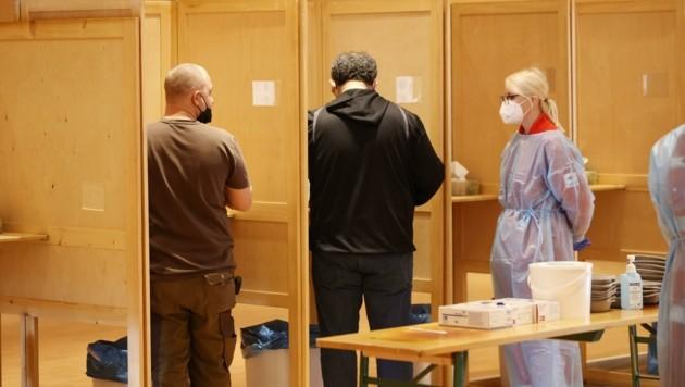 In Salzburgs Teststationen herrscht immer weniger Betrieb (Bild: Tschepp Markus)