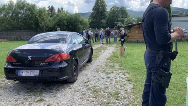 Auf diesem Campingplatz in Waidmannsfeld (NÖ) starb der Wiener Polizist (54). Beim Reversieren in der Nacht übersah die Frau den kräftigen Mann. (Bild: Schulter Christian)