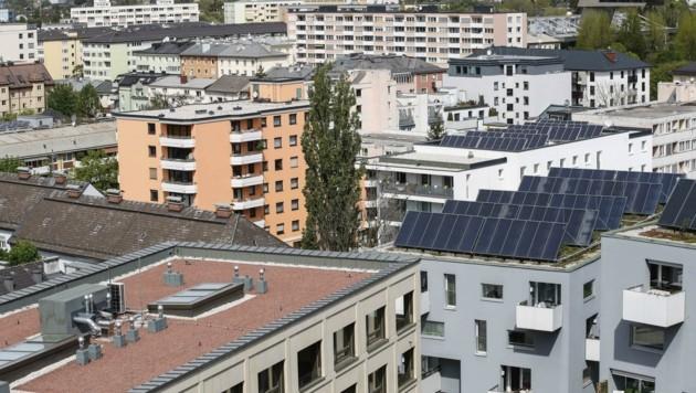 Allein in der Stadt Salzburg sollen schätzungsweise bis zu 10.000 Wohnungen leer stehen (Bild: Tschepp Markus)