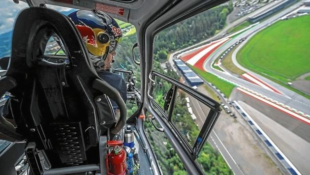 Pilot Mirko Flaim hat wohl den besten Blick auf den Red Bull Ring. (Bild: Red Bull Content Pool/Mitter)