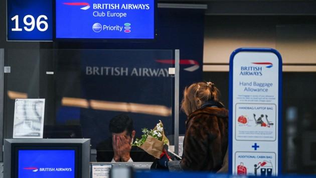 Flug nach London (Bild: AFP)