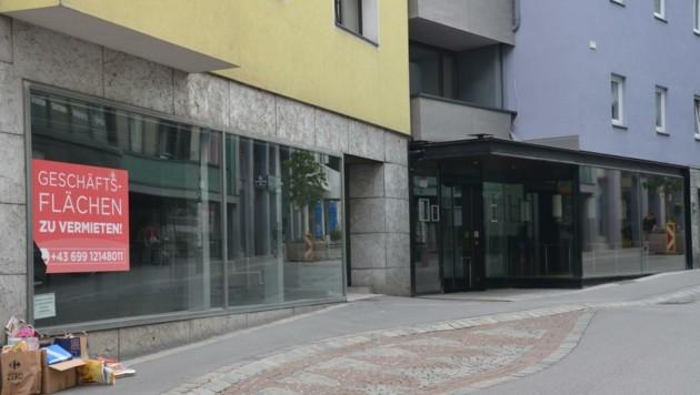 Früher Nahversorger, heute Leerstand: die ehemalige MPreis-Filiale in der Imster Kramergasse (Bild: Hubert Daum)