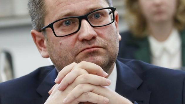 Wolfgang Mayer geriet am Mittwoch stark in die Kritik (Bild: Tschepp Markus)