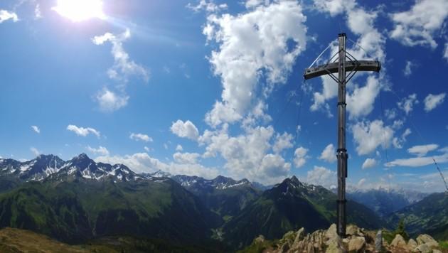 Nicht allzu viele Höhenmeter sind bis zum Gipfel des Muttjöchle zu überwinden. (Bild: Rubina Bergauer)