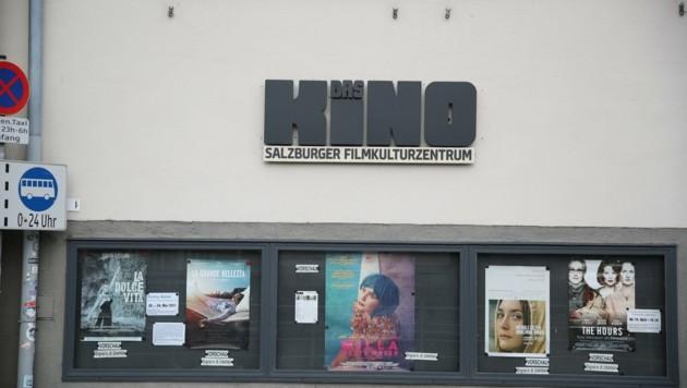 Immer einen Blick wert: Die Schaufenster vor den Kinos. (Bild: Tröster Andreas)