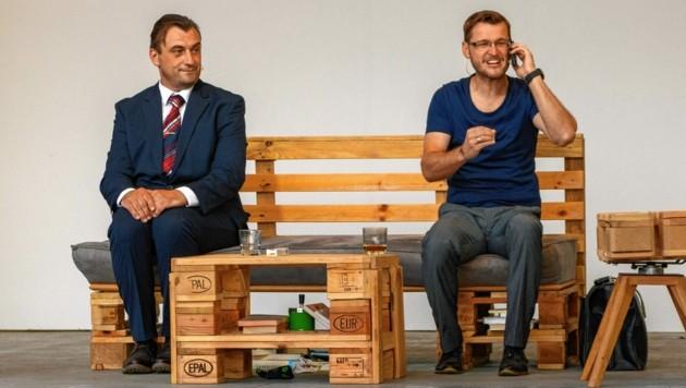 Alexander Schwab und Radu Vulpe sind noch bis 6. August auf der Freiluftbühne am St. Andräer See zu sehen. (Bild: Dominik Brei)