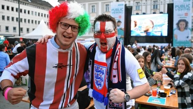 Mehr als 20.000 Fußball-Begeisterte feierten am Neuen Platz ihre Lieblingsmannschaften an. (Bild: f. pessentheiner)