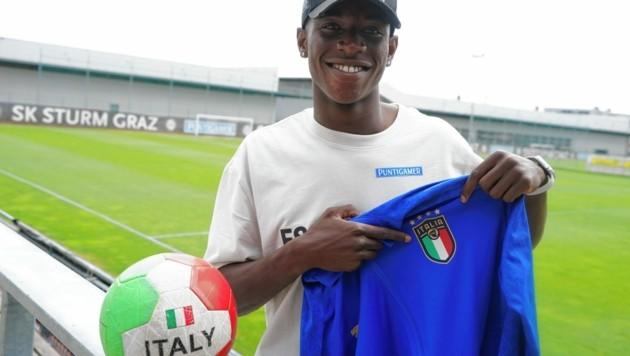 Kelvin Yeboah im Italien-Fieber (Bild: Sepp Pail)