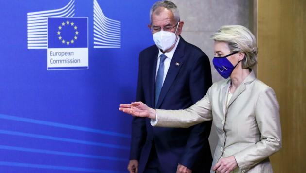 Alexander Van der Bellen traf auch EU-Kommissionspräsidentin Ursula von der Leyen (Bild: AP)